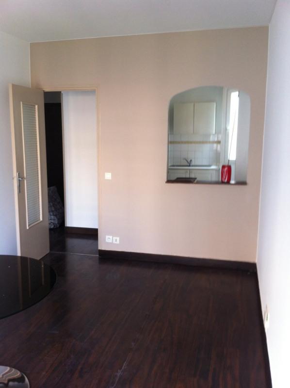 Rental apartment Nice 695€ CC - Picture 1