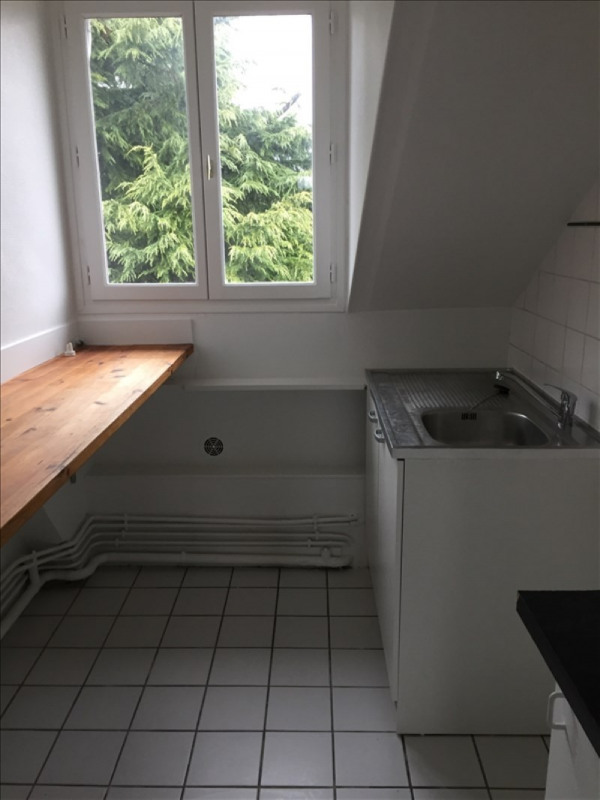 Location appartement Garches 891€ CC - Photo 5