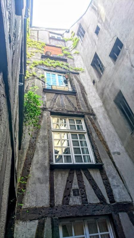 Vente de prestige appartement Paris 4ème 394900€ - Photo 1