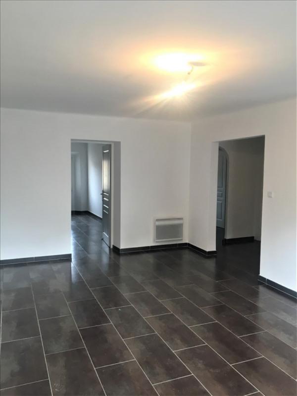 Location appartement Roquevaire 850€ CC - Photo 2
