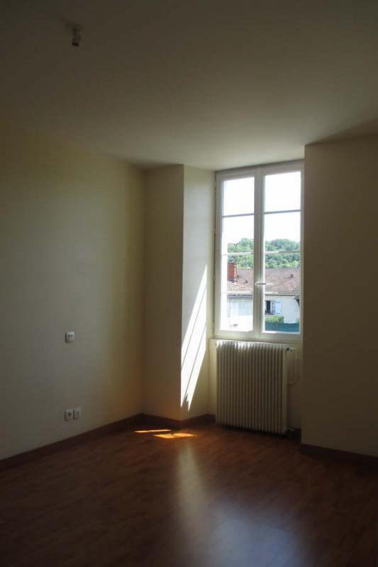 Location appartement Angoulême 564€ CC - Photo 7