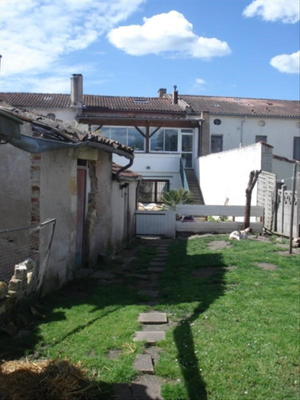 Investment property building Lesparre medoc 273000€ - Picture 2