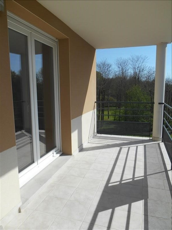 Rental apartment St julien les villas 720€ CC - Picture 2
