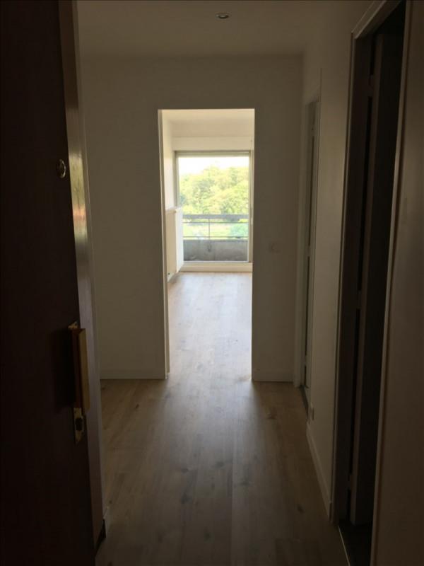 Location appartement La celle st cloud 740€ CC - Photo 3