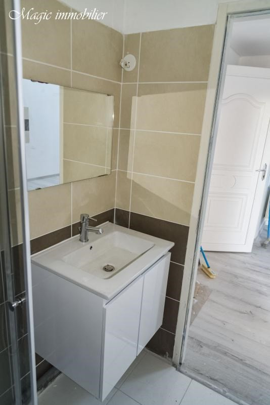 Rental apartment Oyonnax 365€ CC - Picture 9