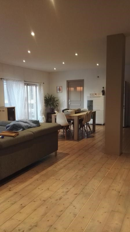 Sale apartment Oyonnax 143000€ - Picture 2