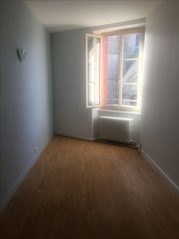 Location appartement Montaigu 500€ CC - Photo 7