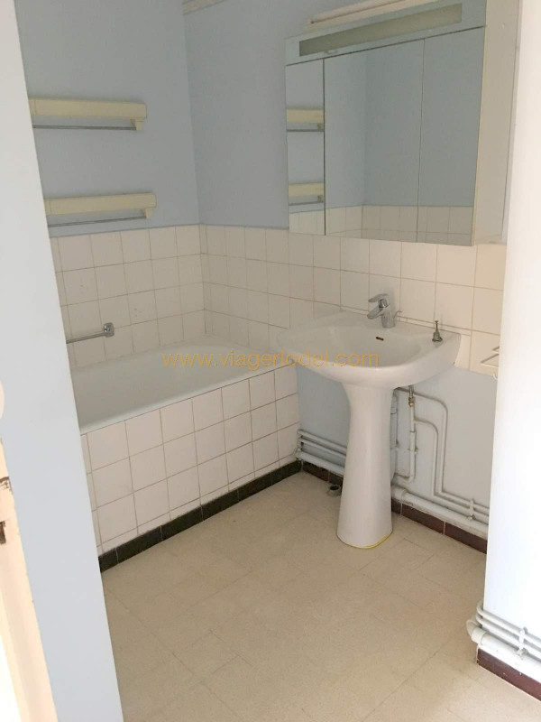 Life annuity apartment Toulon 45 000€ - Picture 5