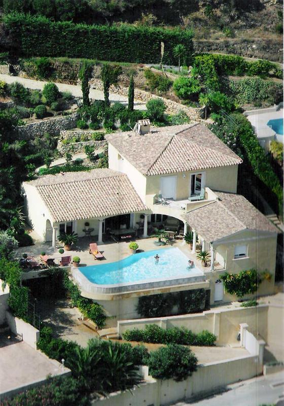 Vacation rental house / villa Cavalaire sur mer 5500€ - Picture 1