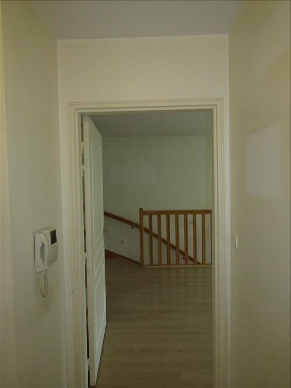Location appartement Pontoise 960€ CC - Photo 8
