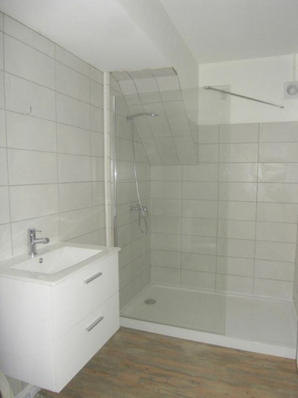 Rental apartment Cognac 340€ CC - Picture 3