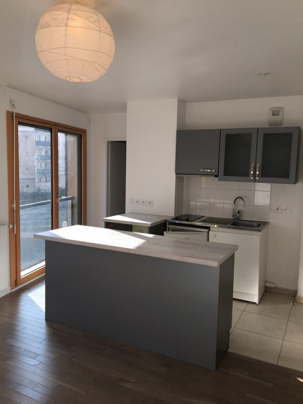 Rental apartment Colombes 625€ CC - Picture 2