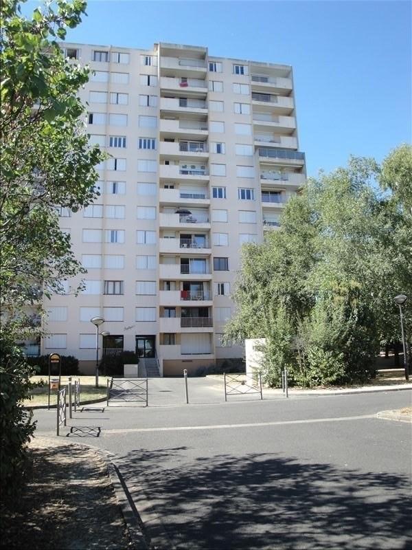 Sale apartment Niort 70000€ - Picture 1
