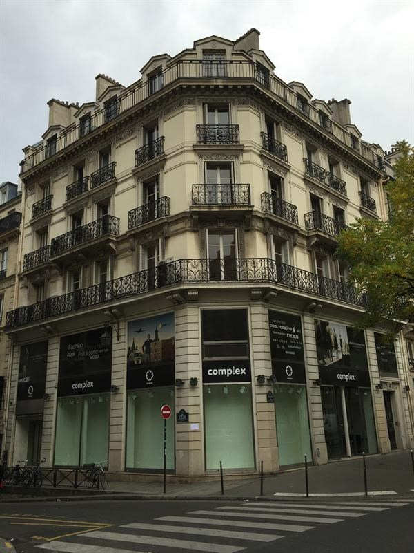 Rental building Paris 3ème 41 667€ CC - Picture 1