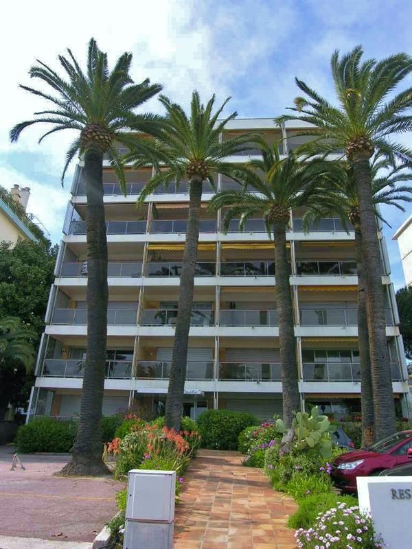 Location vacances appartement Golfe juan 490€ - Photo 10