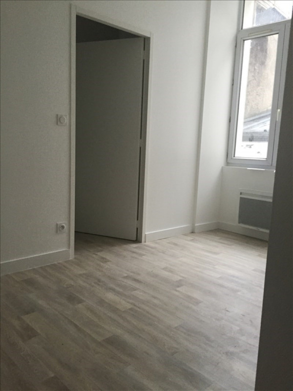 Location appartement Angers 530€ CC - Photo 2