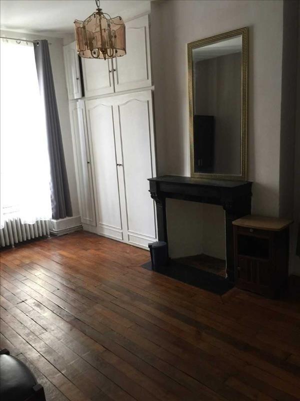 Locação apartamento Paris 18ème 1095€ CC - Fotografia 7