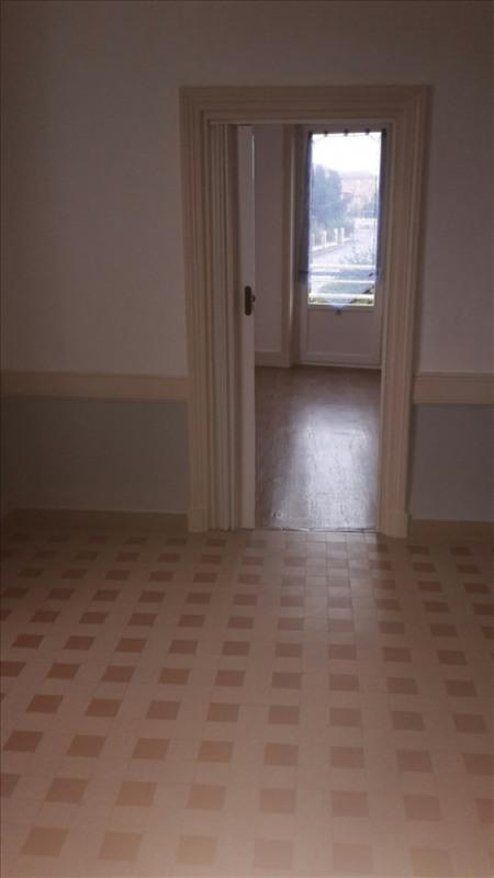 Rental apartment Riorges 340€ CC - Picture 5