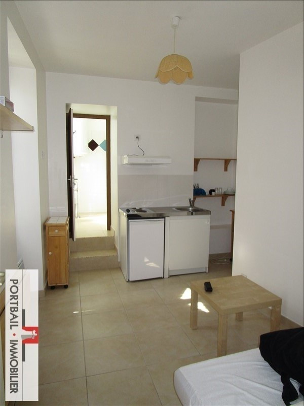 Rental apartment Blaye 335€ CC - Picture 1