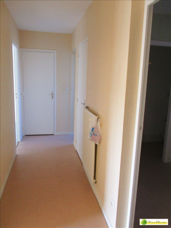 Rental apartment Angouleme 295€ CC - Picture 3