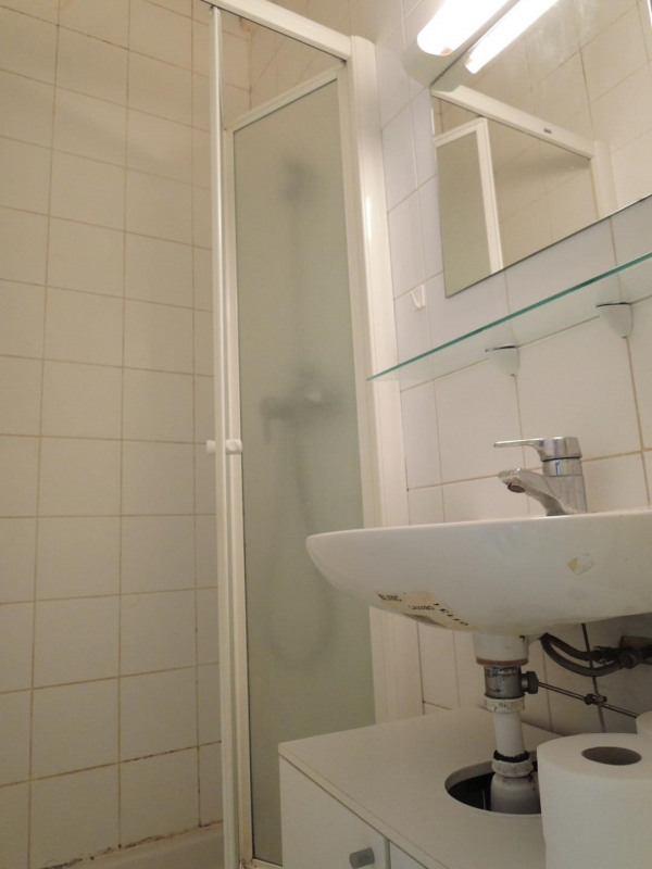 Location appartement Paris 2ème 670€ CC - Photo 7