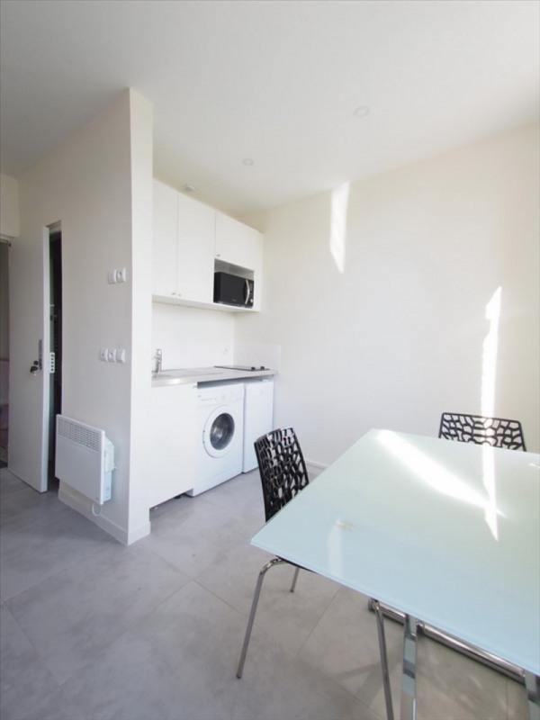 Location appartement Clamart 730€ CC - Photo 2