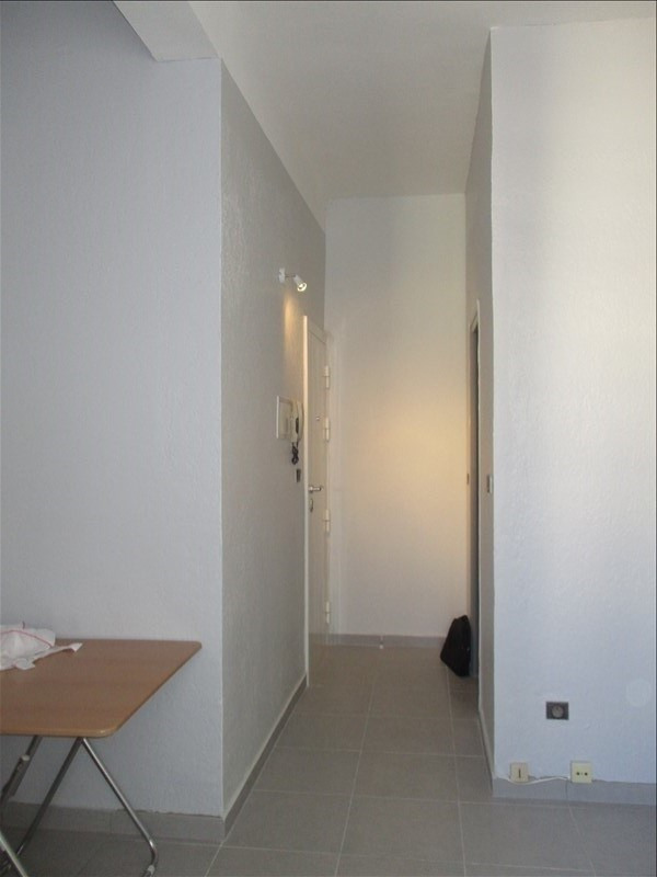 Rental apartment Nimes 350€ CC - Picture 4