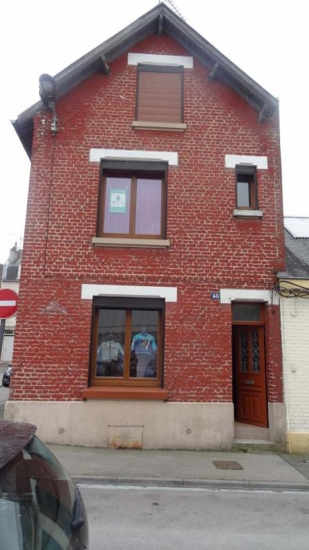 Sale house / villa St quentin 107000€ - Picture 1
