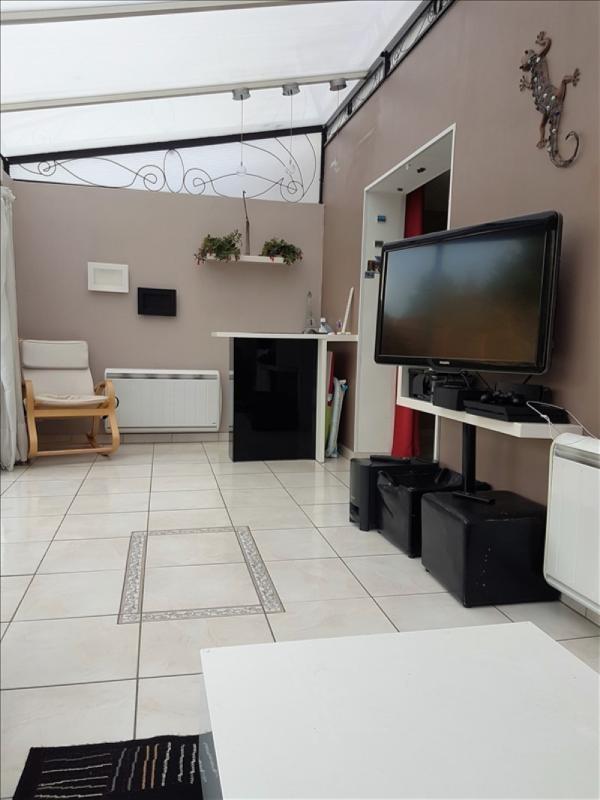 Sale house / villa Savigny le temple 217000€ - Picture 4