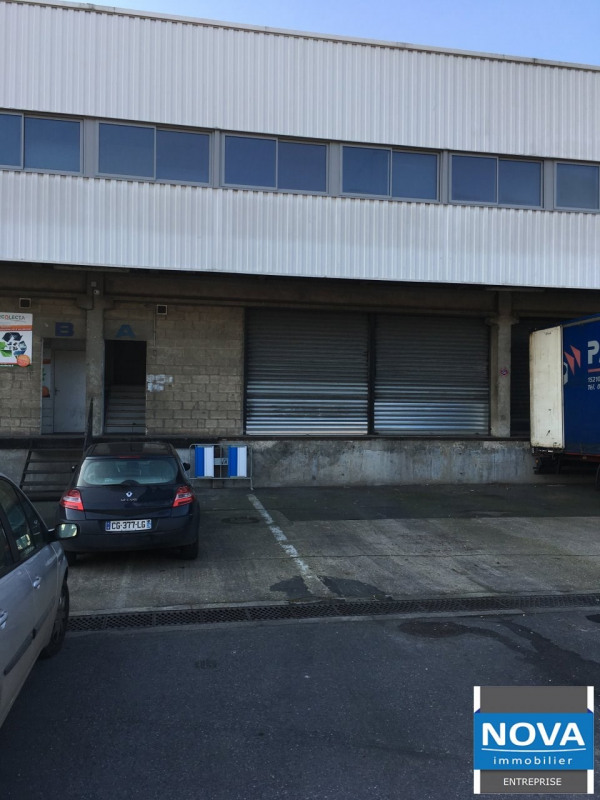 Location local commercial Aulnay sous bois 8 244,33€ HT/HC - Photo 1