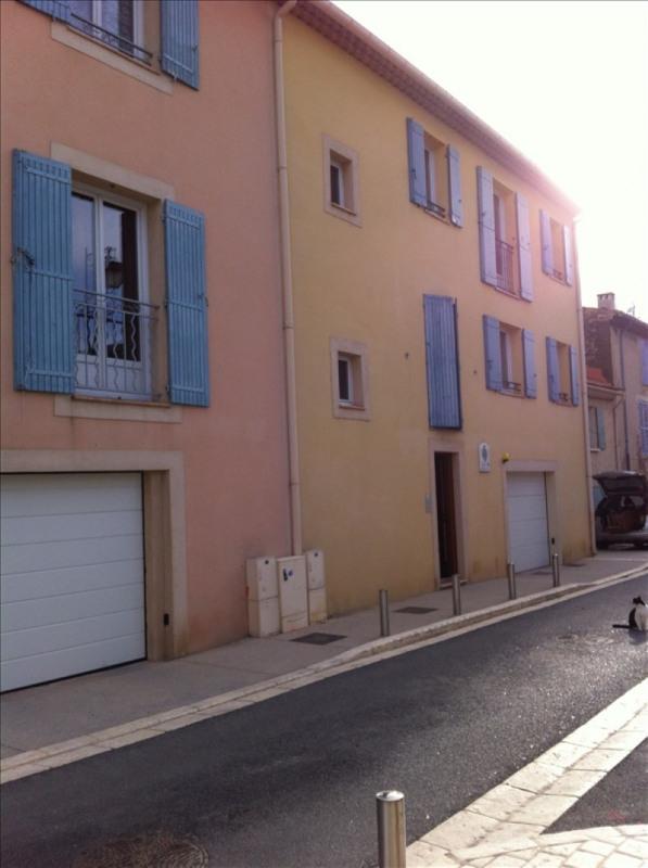 Location appartement Eyguieres 580€ CC - Photo 1