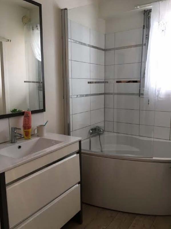 Verkoop  appartement Cluses 137000€ - Foto 5