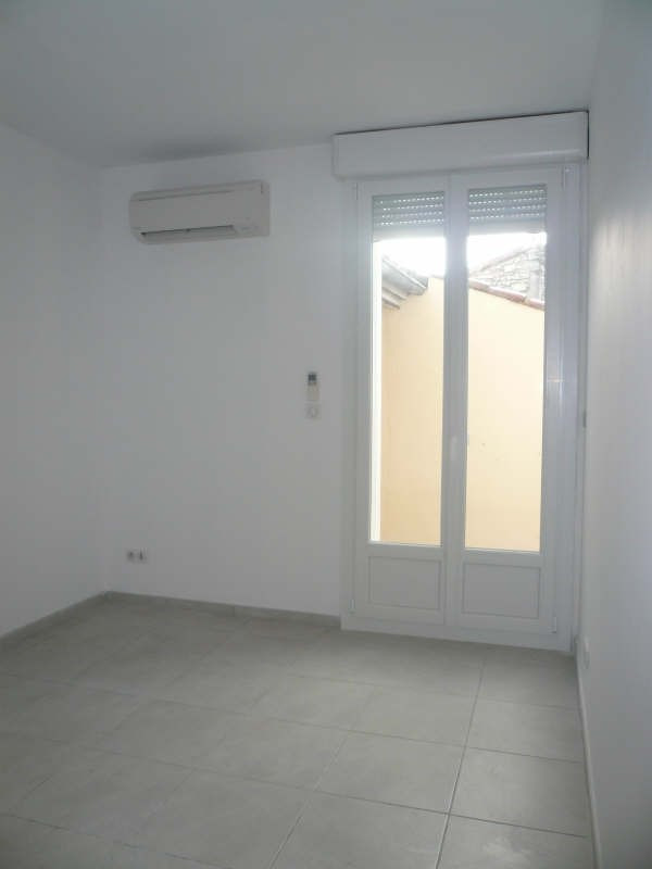 Rental apartment Nimes 1 050€ CC - Picture 3