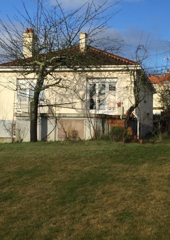 Sale house / villa Montrevault 106200€ - Picture 1