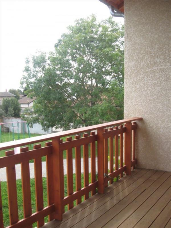 Location appartement Beligneux 950€ CC - Photo 5