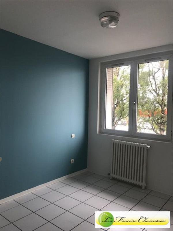Rental apartment Angoulême 400€ CC - Picture 3