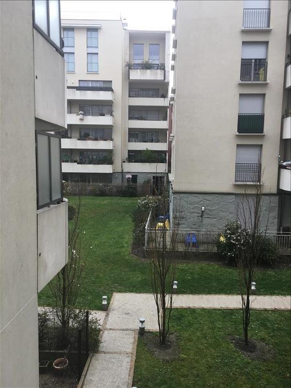 Verhuren  appartement La plaine st denis 1195€ CC - Foto 8