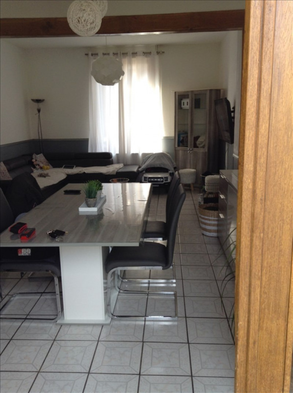 Rental house / villa St quentin 560€ CC - Picture 4