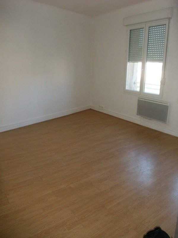Location appartement Periers 325€ +CH - Photo 2