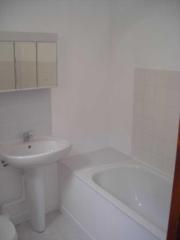 Location appartement Angoulême 340€ CC - Photo 5