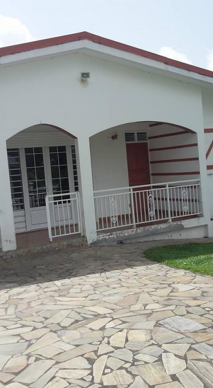 Vente maison / villa St claude 336500€ - Photo 5