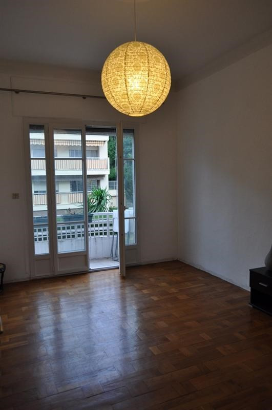 Sale apartment Nice 305 000€ - Picture 2