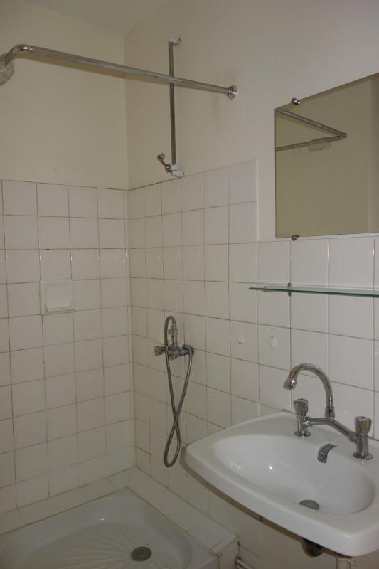 Location appartement Le coteau 346€ CC - Photo 4