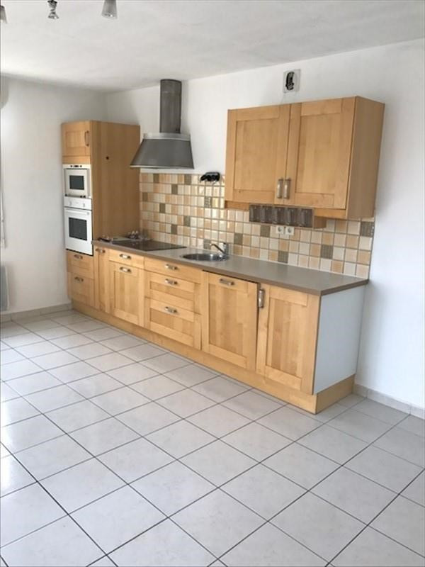 Sale apartment Miramas 106000€ - Picture 2