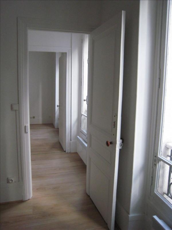 Rental apartment St cloud 840€ CC - Picture 4