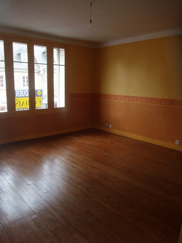 Location appartement Periers 480€ CC - Photo 3