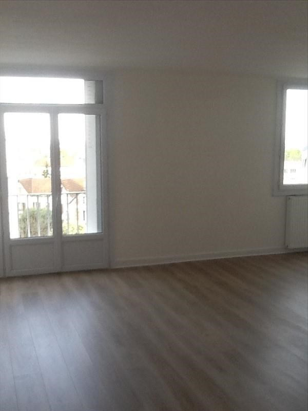 Location appartement Le raincy 1 030€ CC - Photo 3
