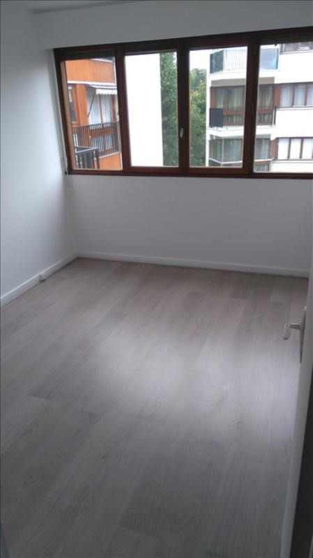 Location appartement Le chesnay 950€ CC - Photo 5
