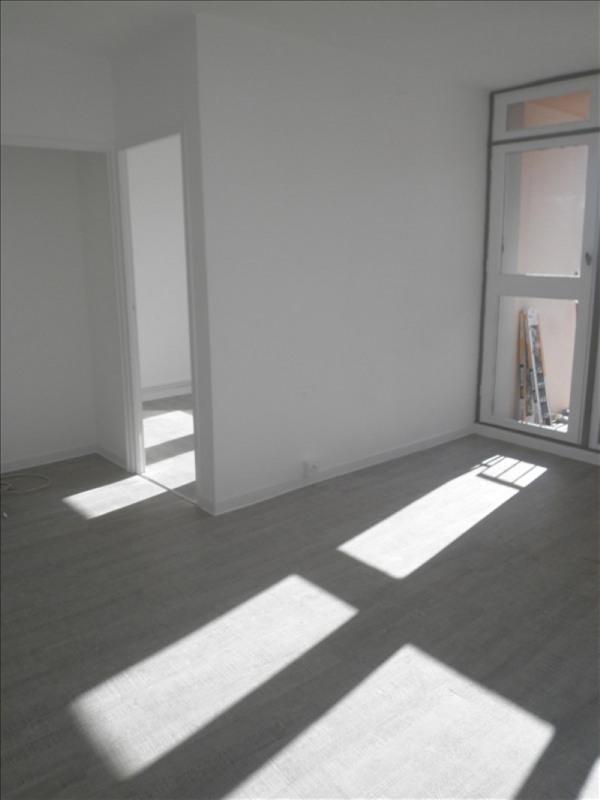 Sale apartment Salon de provence 95000€ - Picture 3