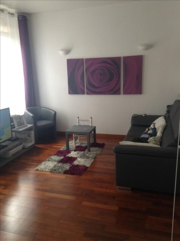 Rental house / villa St quentin 550€ CC - Picture 1